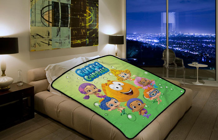 Bubble Guppies Blanket (8)