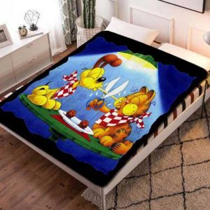 Garfield Characters Fleece Blanket Throw Bed Set