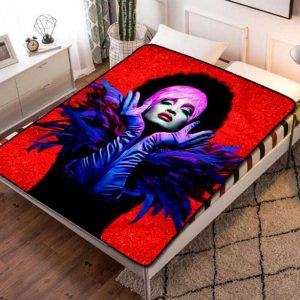 Pose Fleece Blanket Throw Bed Set