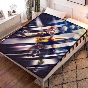 The Wasp Fleece Blanket Throw Quilt