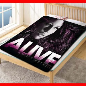 Annet Artani Alive Fleece Blanket Throw Quilt