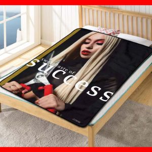 Ava Max Sweet Taste Of Success Quilt Blanket Fleece Throw