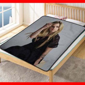Avril Lavigne When You're Gone Quilt Blanket Throw Fleece