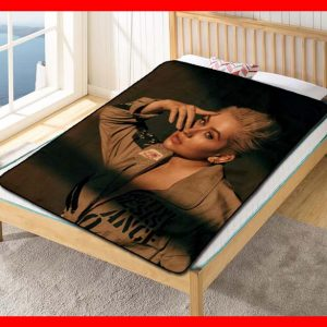 Christina Aguilera #2049 Blanket Quilt Bedding Bedroom Set