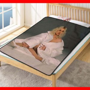 Christina Aguilera #2052 Blanket Quilt Bedding Bedroom Set