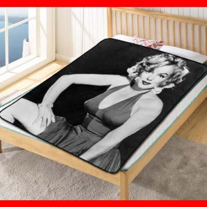 Marilyn Monroe #2364 Blanket Quilt Bedding Bedroom Set