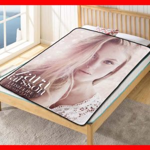 Zara Larsson Lush Life Quilt Blanket Fleece Throw