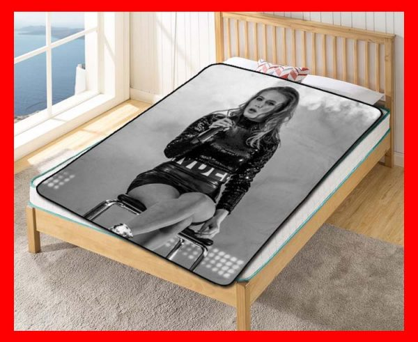 Zara Larsson Sexy Fleece Blanket Throw Quilt