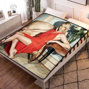 Charlize Theron Quilt Blanket Bed Sheet. Charlize Theron Fleece Blanket Bedroom Decoration.