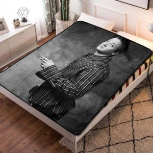 Jeremy Renner Young Quilt Blanket Throw Fleece