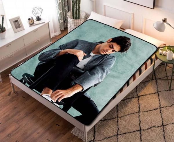 Noah Centineo The Perfect Date Quilt Blanket Fleece Throw